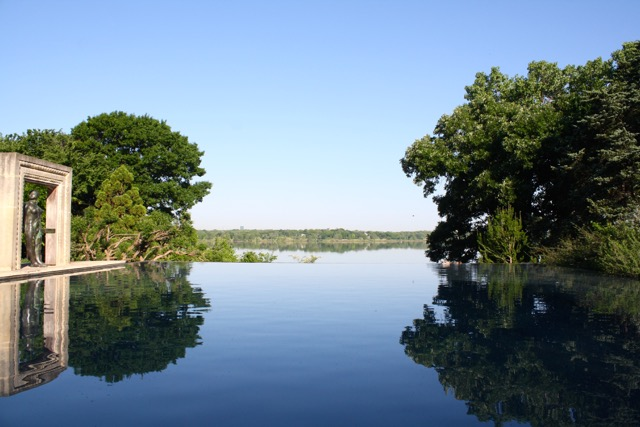Dallas Arboretum Infinity Pool