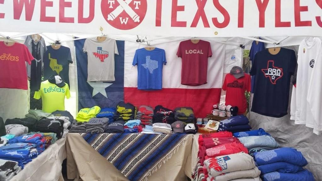 TWT Shirt Stand