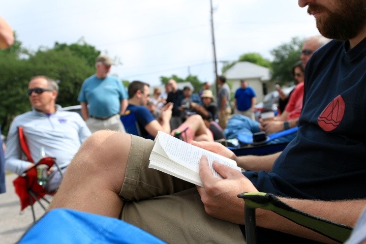 Reading in line at Franklin Barbecue